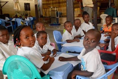 Lingwala school Kinshasa LO-4221